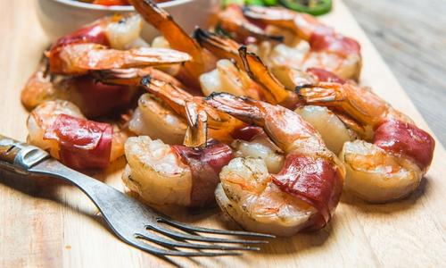 Prosciutto Wrapped Grilled Shrimp with Peach Salsa