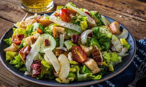 Roasted Onion Bacon & Tomato Salad