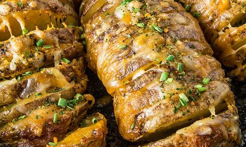 Baked Cheesy Accordion Potatoes