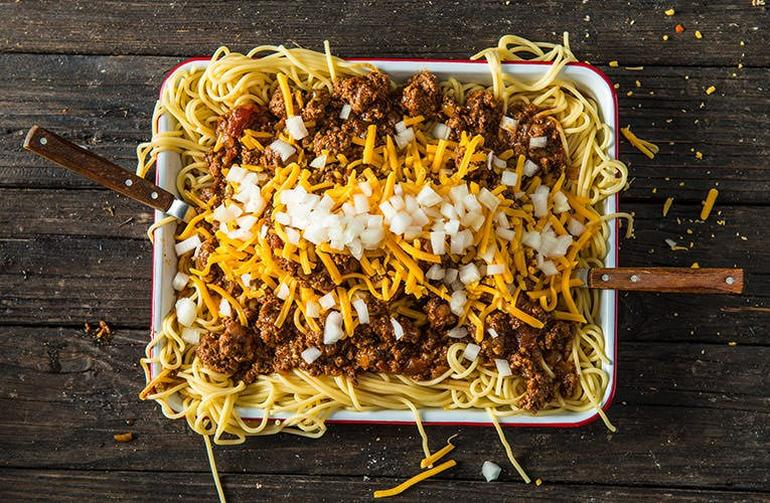 20181012_Top-Traeger-Chili-Recipes-Smokenomics-Braised-Cincinnati-Chili_BG