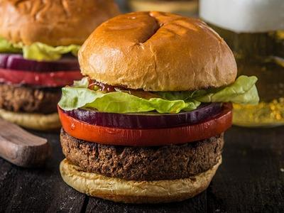 Grilled Veggie Burgers with Lentils and Walnuts Recipe