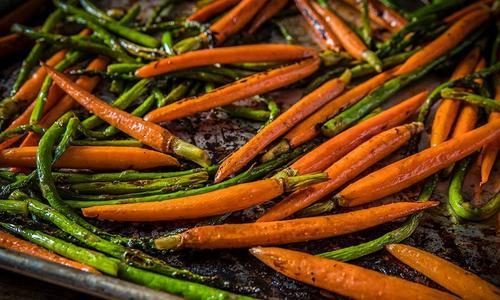 Grilled Asparagus & Honey-Glazed Carrots