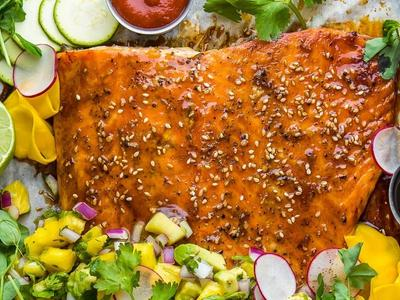 Grilled Sriracha Salmon With Avocado Pineapple Salsa
