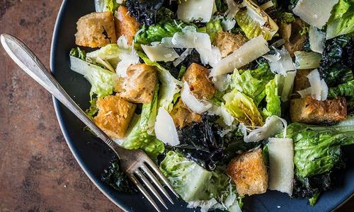 Grilled Kale Caesar Salad with Homemade Croutons