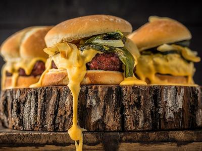 Roasted Hatch Chile Burger with Smoked Cheese Sauce Recipe