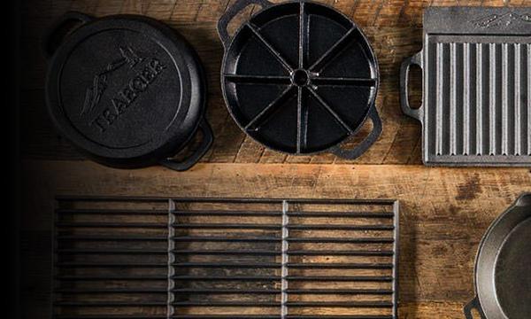 BAC387-Product-Feature-Image-Desktop-Traeger-Wood-Pellet-Grill