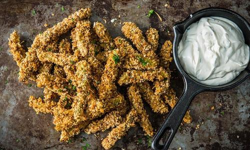 Baked Pickles with Buttermilk Dip
