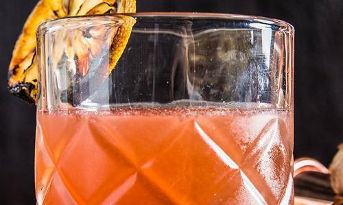 Smoky Scotch & Ginger Cocktail
