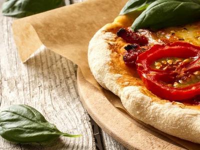 Grilled Margherita Pizza Recipe