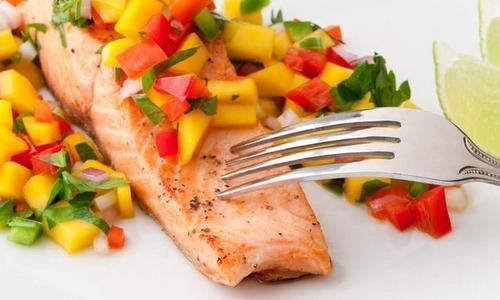 Cedar-Plank Salmon with Mango Salsa