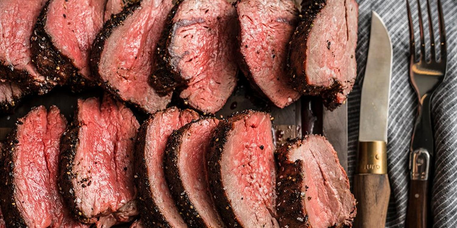 Espresso Coriander Rubbed Beef Tenderloin_RE_HE_M