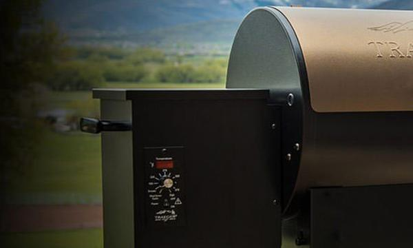 Junior-Elite-20-Background-Desktop-Traeger-Wood-Pellet-Grills