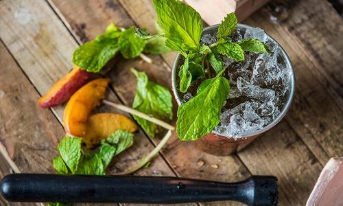 Grilled Peach Mint Julep