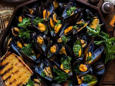 Traeger Smoked Mussels Recipe