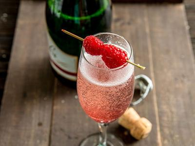 Smoked Raspberry Bubbler Cocktail Recipe