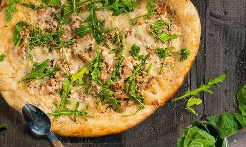 Roasted Garlic & Clam Pizza