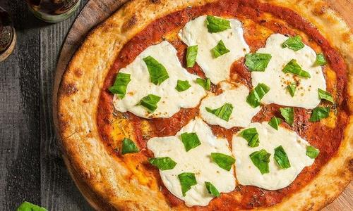 Traeger Grilled Margherita Pizza
