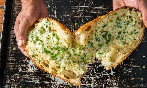 Ultimate Baked Garlic Bread