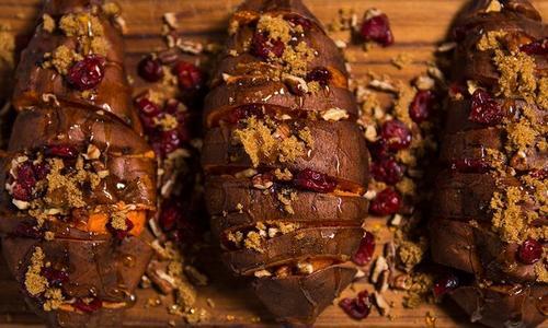 Holiday Caramel Accordion Sweet Potatoes