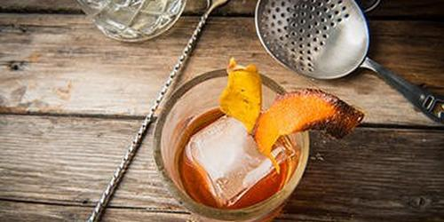 Cocktails: Smoked Ice with John Dudley thumbnail