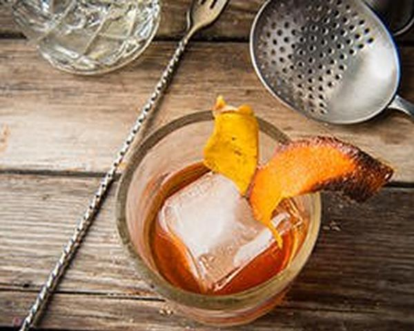 Cocktails: Smoked Ice with John Dudleyimage