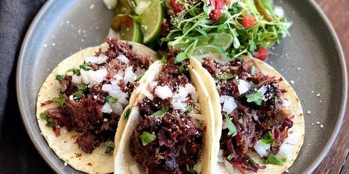 Traeger Kitchen Live: Smoked Beef Cheek Tacos With Matt Pittman thumbnail