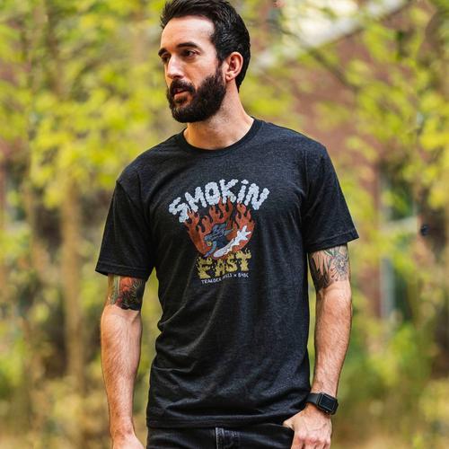 traeger-b4bc-shirt-male-lifestyle-001