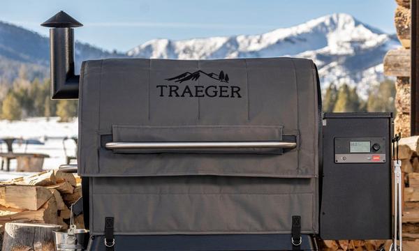 traeger-insulation-blanket-pro-780-lifestyle