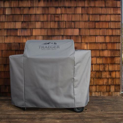 traeger-ironwood-885-full-length-grill-cover-lifestyle