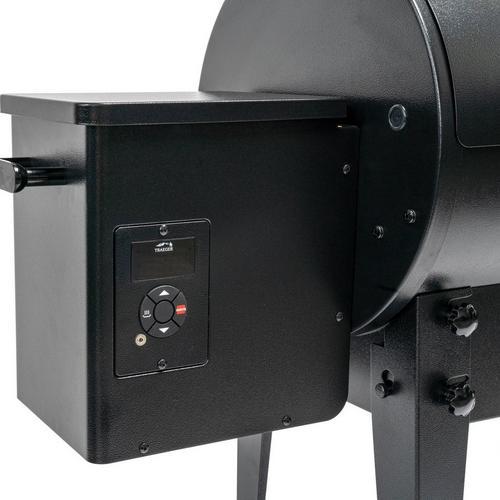 traeger-tailgater-pellet-grill-black-2020-controller