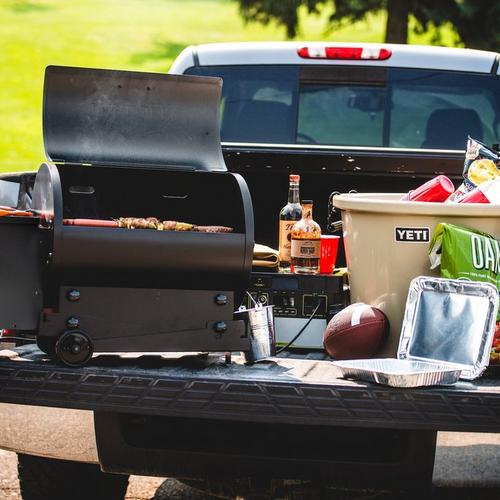 traeger-tailgater-pellet-grill-black-2020-lifestyle-food-truck