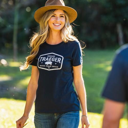 traeger-womens-certified-tshirt-lifestyle-women-3_1
