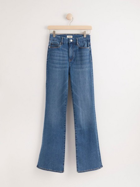 Curve super stretch flared jeans with high waist