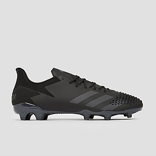 Trainingspakken, voetbalschoenen van Nike en Adidas kopen