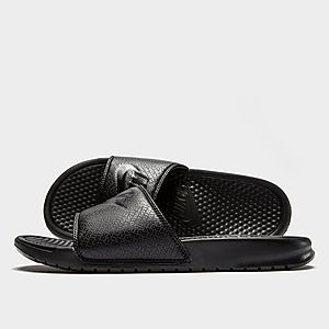 cheap for discount d9589 4ed9a Nike Benassi Slide