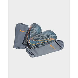 5dfede347a8 Nike Mercurial Lite Shin Guards ...