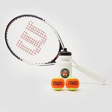WILSON ROLAND GARROS KIT 25 TENNISRACKET / TENNISBALLEN / BIDON WIT/ORANJE