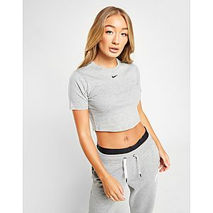 69c580a6d ... Nike Essential Slim T-Shirt