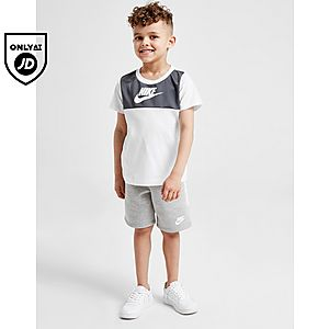 6c9feea0c7 Nike Hybrid T-Shirt/Shorts Set Children
