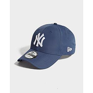 b81ca223dea9fd ... New Era MLB New York Yankees 9FORTY Cap