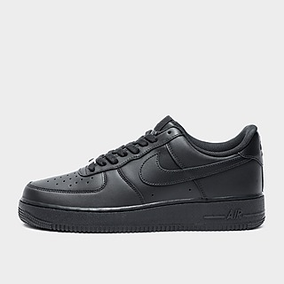 Nike Air Force 1 Air Force 1 Sneakers Le air force 1 sono disponibili in un'ampia varietà di modelli, come le '07 lv8, le essential jewel e persino i modelli con il logo swoosh in velcro. nike air force 1 air force 1 sneakers
