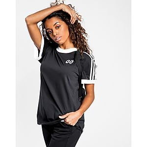 181484367 adidas Originals 3-Stripe Gallery T-Shirt