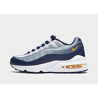 Kinder Nike Schuhe Jugendliche (Gr. 36 38.5)   JD Sports