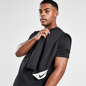 Nike Small Cooling Handtuch