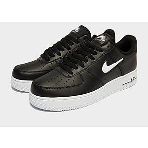 Her er Nike Air Force 1 Essential Jewel