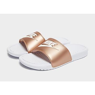 Ejecutante Entrada Mentalidad  Nike Sandalias y chanclas - Nike Benassi | JD Sports