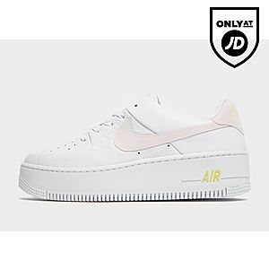 low priced f7f24 c0e52 Nike Air Force 1 Sage Low Naiset ...