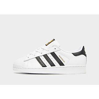 Adidas Superstar enfant T.33