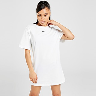 Nike Robe-T-Shirt Essential Femme