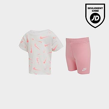 Nike Ensemble T-Shirt/Short Cycliste Bébé Swoosh
